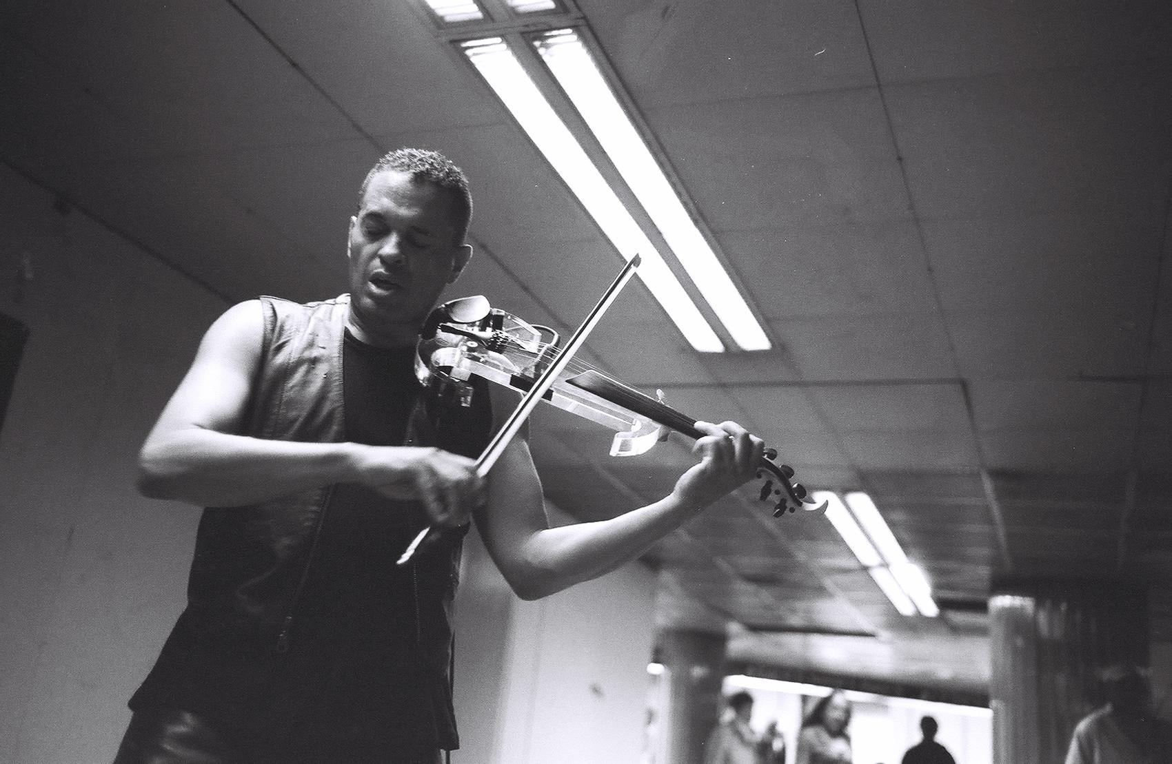 A violin player